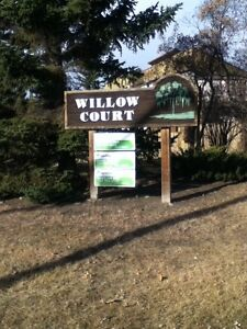 Willow Court - 2 Bedroom Townhome for Rent