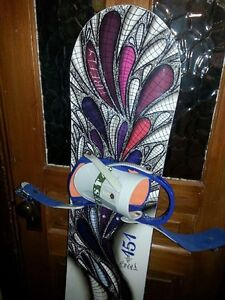 Women's snowboard, bindings and boots