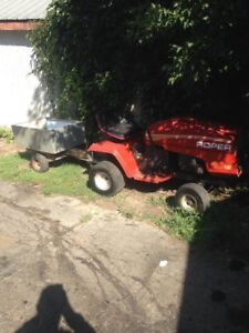10hp pulling tractor located in Pembroke comes with trailer
