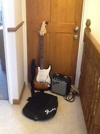 Squier by Fender Affinity Electronic strat guitar with amp