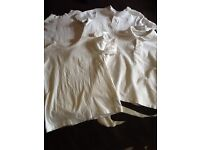 6 White School T-Shirts age 7-10