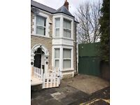 £135 per week All Bills Included shared Rooms Colum Place, Blackweir Terrace, Cardiff, CF10 3EP