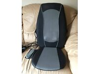Homedics Shiatsu and Rolling Massage Chair