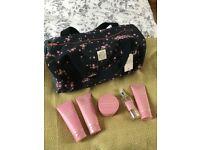 Jack Wills Weekend Bag Gift Set