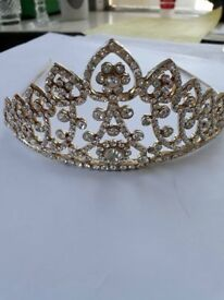 Tiaras (these i call large) selling separate plus post