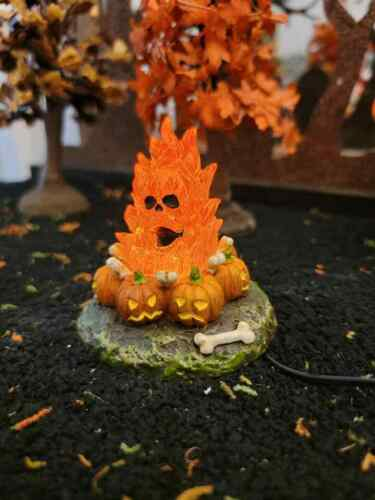 Dept 56 - Halloween Village Accessories  - Flaming Skull Bonfire