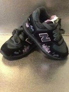 New Balance 574 Sesame St Count Dracula Trainers (NEW RRP$64.95) Bayswater Knox Area Preview