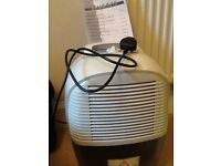 Delonghi dehumidifier DEM8.5/10. Like new and in very good condition. Quiet operation great value