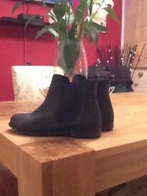 Top shop black Chelsea boots size 5