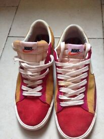 Nike Leather Trainers Sneakers UK 8,5 EURO 42,5 100 % AUTHENIC FOR MEN