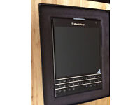 NEW Blackberry Passport - 4G - Black - Unlocked (open box/EU charger)