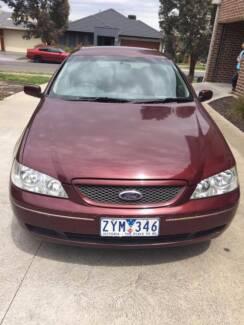 Ford Futura 2004 for $2500