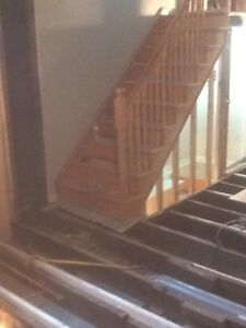 Solid oak stairs in very good shape. 9 steps. 36 inches wide