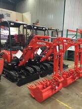 MINI EXCAVATOR 1.7T KUBOTA & AUGER FOR DRY HIRE - $250 A DAY Berwick Casey Area Preview