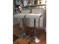 2x white adjustable bar stools
