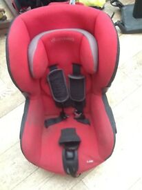 Maxi cosi swivel car seat. Good condition, slight staining. Suits up to 4 years