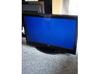 BUSH 32 INCH TV FLAT SCREEN