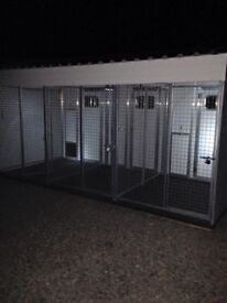 Block of 3 thermal dog kennels