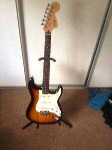 Fender Affinity Stratocaster and Small G series fender amp Canungra Ipswich South Preview