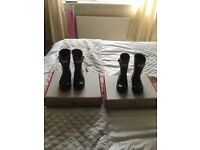 Excellent condition toddle size 7 and 8 block hunters