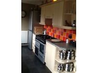 Single and Double room to rent in shared house. Close to ARI.