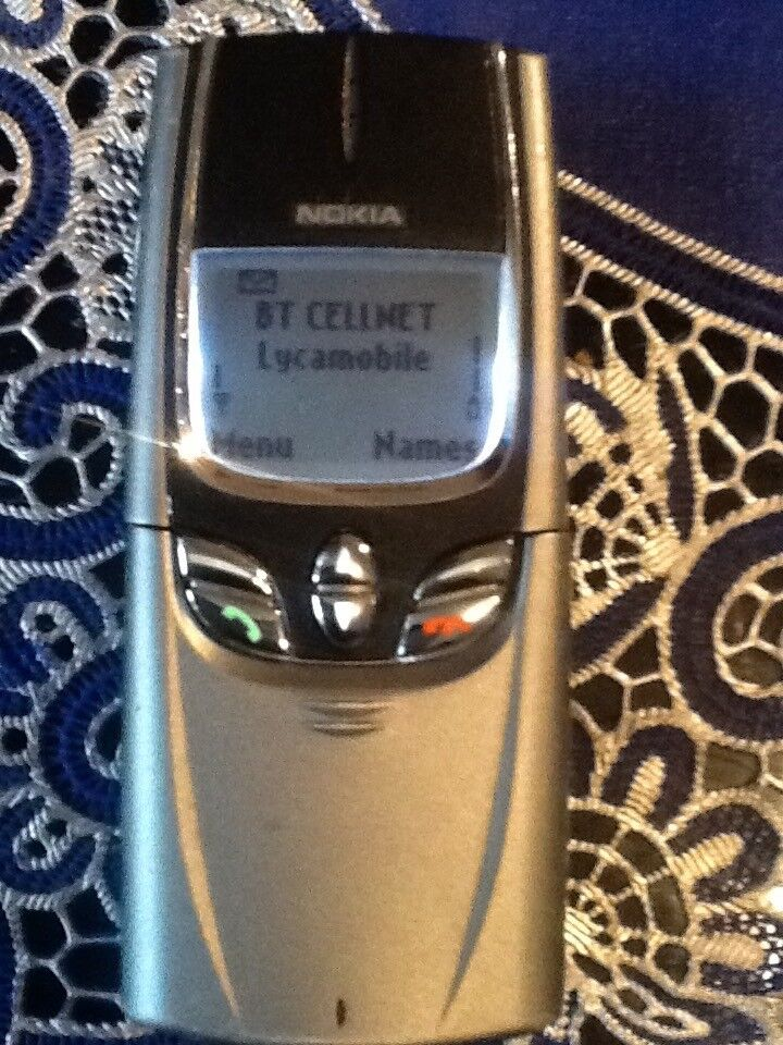Nokia rare phone unlocked with charger