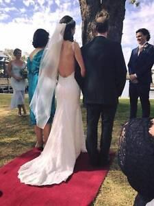 wedding dress and accessories Erskine Mandurah Area Preview