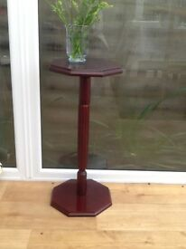 Plant pot stand table
