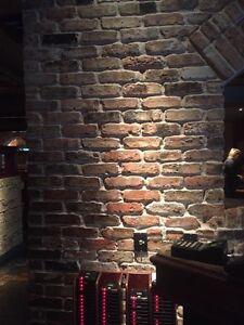 500-Thin Used Chicago Antique Face Brick Veneer ( 71.42 Sq. Ft.) 2-1/4x7-5/8x1/2