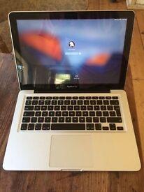 "Macbook Pro 13"" Late 2011 Model, 500gb Storage, 2.4Ghz Intel Core i5. Upgraded 8gb ram, VGC"