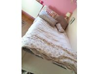Cream Trundle Bed with 2 Mattresses