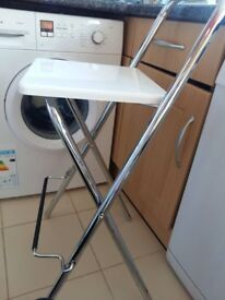 bar stool, excellent condition