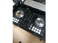 Pioneer DDJ-SR top working condition one year old!