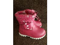 Girls Pink Snow/ welly boots
