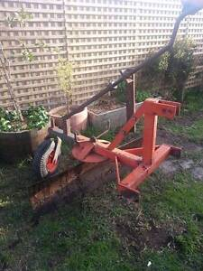 Farm equipment: One grader blade and one single tyne ripper Bacchus Marsh Moorabool Area Preview