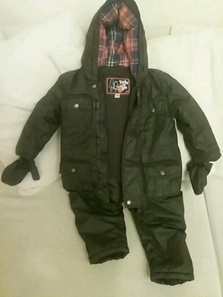 Boys Rocha Little Rocha all in one coat snow suite 18 / 24 months like new