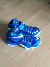 Nike zoom soldier 8 Size 7.5uk