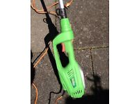 Long reach electric hedge clippers hardly used