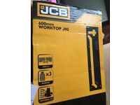 JCB router 2100w & JCB 600mm work top jig