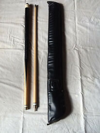 Snooker Cue 2 Piece with Carry Case