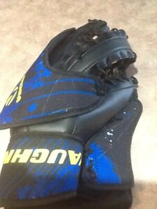 Goalie Equipment Kijiji In Ottawa Buy Sell Save With