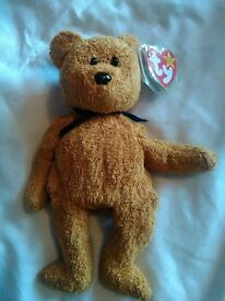 Rare Fuzz TY Beanie Baby *WITH COLLECTABLE ERROR*