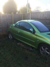 Breaking peugeot 206cc 1.6 manual 2004 green