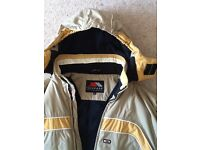 Ski jacket. Gents . Medium size. Beige and yellow