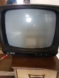 OLD PHILLIPS PORTABLE BLACK AND WHITE TELEVISION