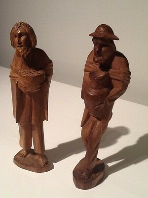 Pair Of Vintage Panama woodcarvings Of Village Men