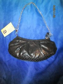 BLACK SNAKESKIN PATTERNED HANDBAG WITH CHAIN STRAP BY BARRETTS BRAND NEW PARTY /PROM OR WEDDING