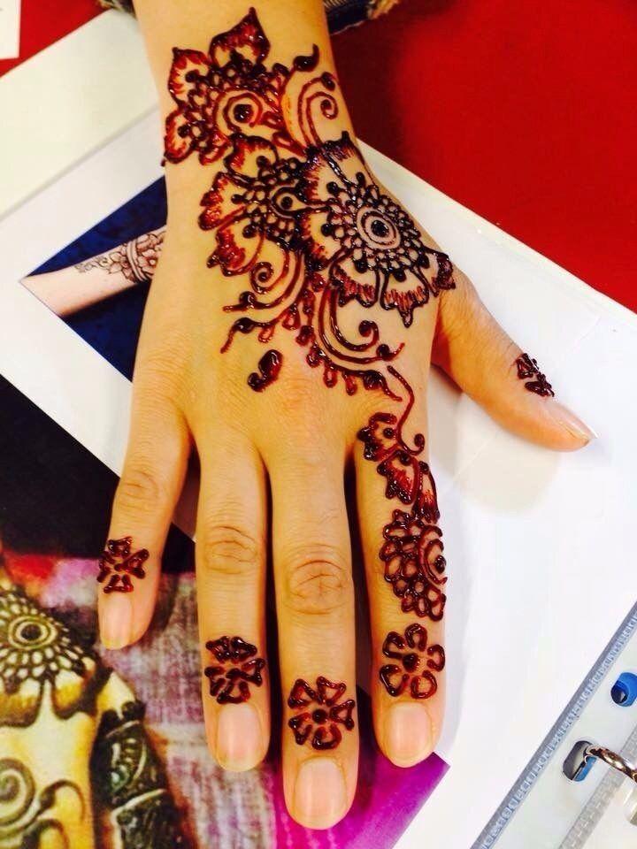 Mehndi Henna Artist Special Bridal Mehndi Facial On Offer In