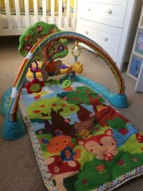V tech Giggle and Glow play mat