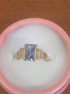 LADIES 9CT YELLOW GOLD DRESS RING Cessnock Cessnock Area Preview